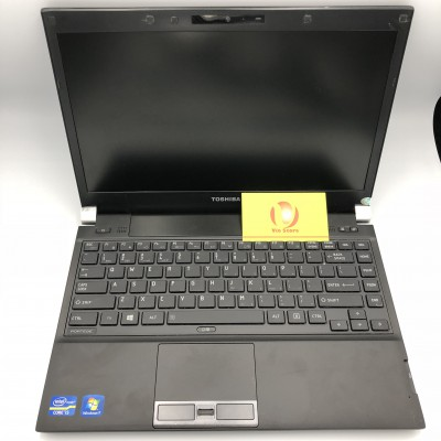Toshiba r930 (1)